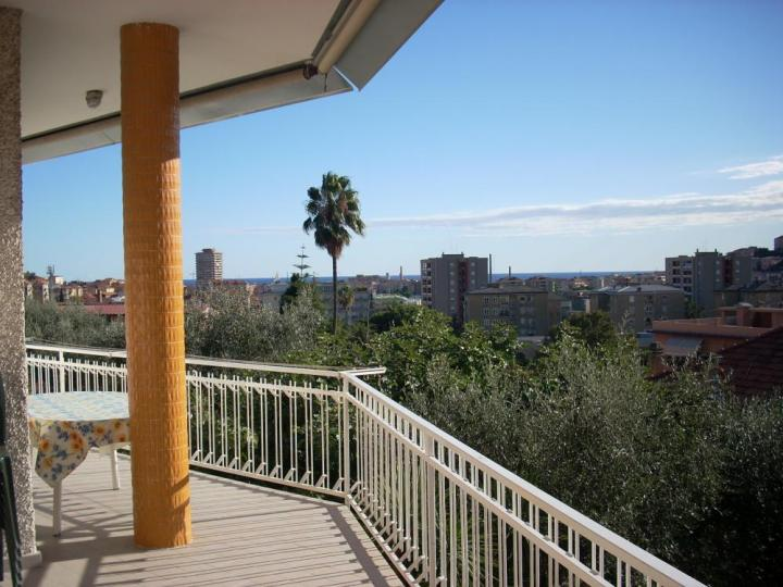 2 Bed Short Term Rental Apartment Imperia