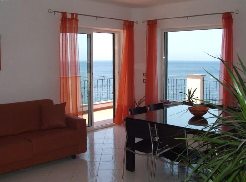 6 Bed Short Term Rental Villa Sorrento