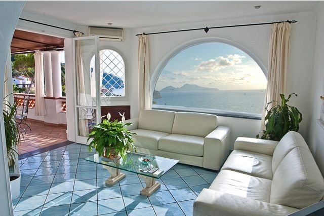 7 Bed Short Term Rental Villa Sorrento