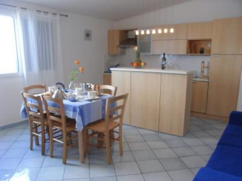 2 Bed Short Term Rental Villa Sorrento