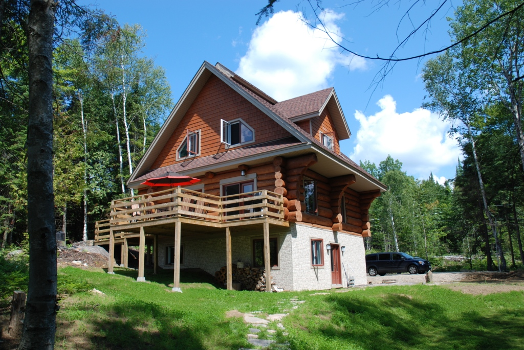 4 Bed Short Term Rental Accommodation Mont Tremblant