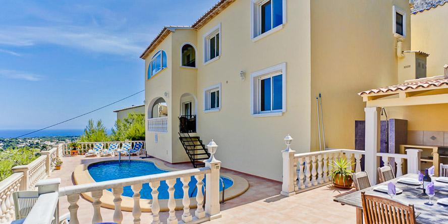 4 Bed Short Term Rental Villa Montemar