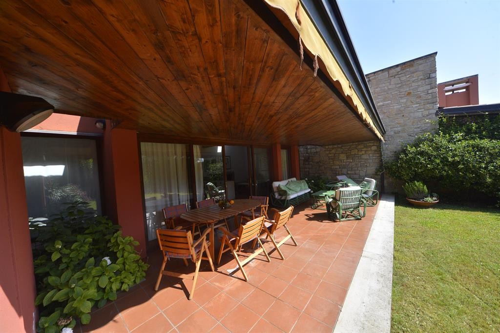 4 Bed Short Term Rental Villa Lake Garda