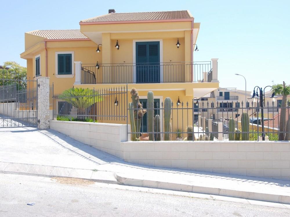 Marina di Ragusa vacation rental with