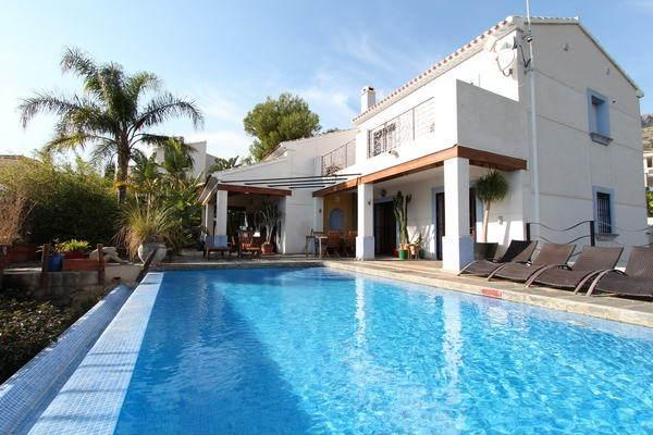 7 Bed Short Term Rental Villa Benidorm