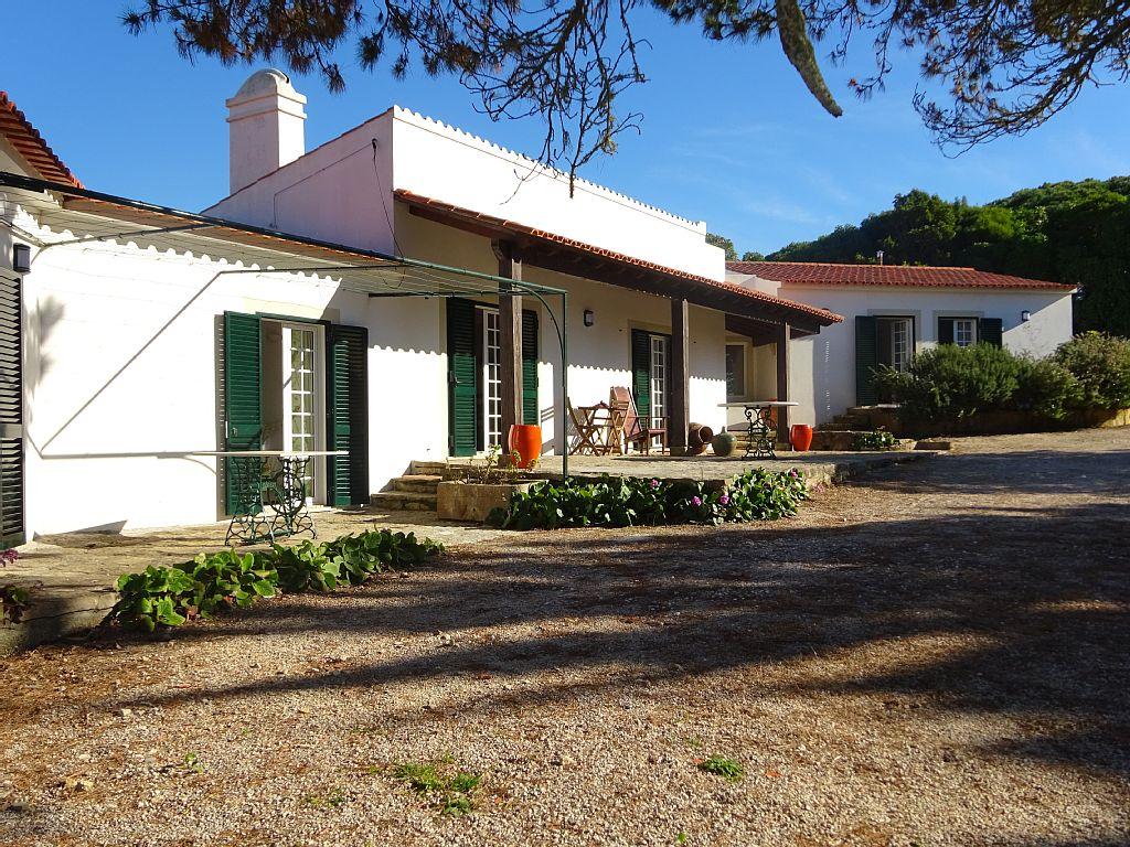 6 Bed Short Term Rental Cottage Sintra