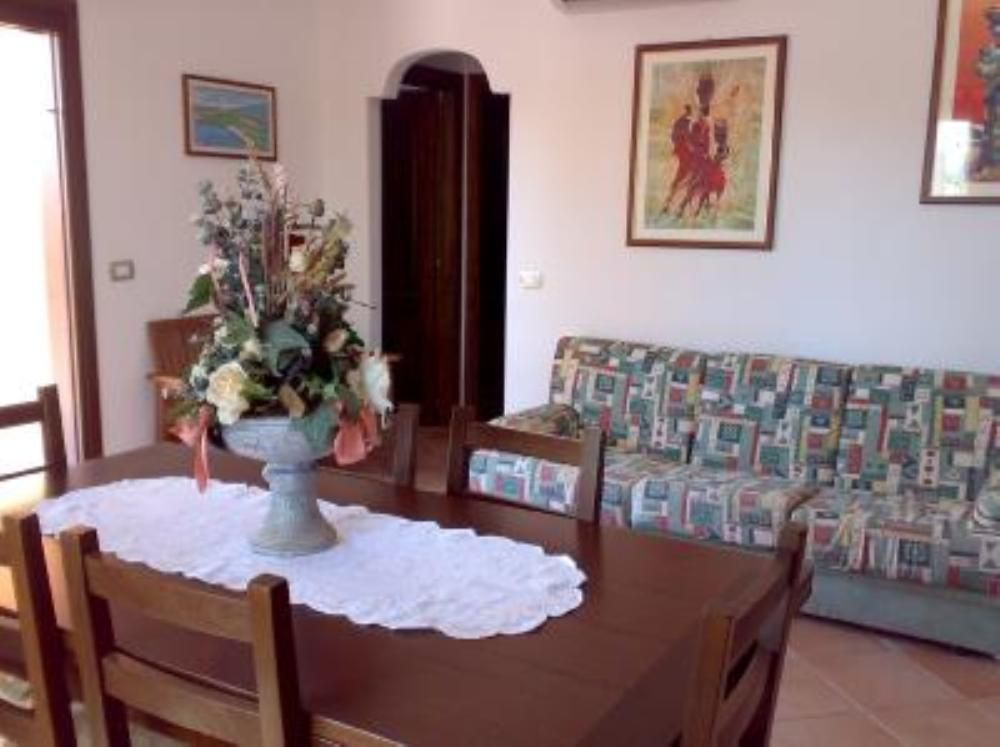 2 Bed Short Term Rental Apartment Cabras