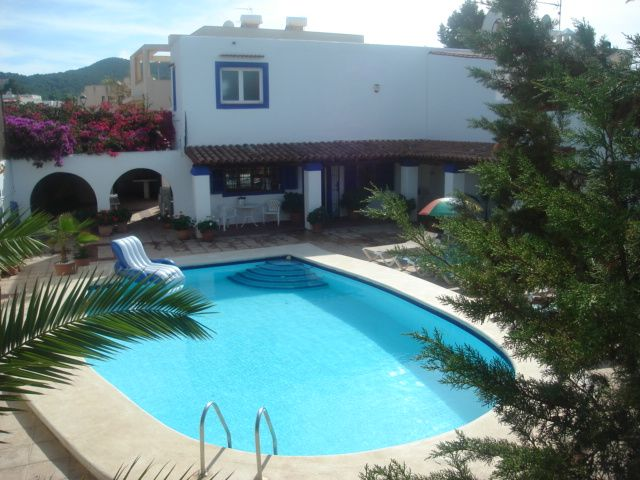 4 Bed Short Term Rental Villa San Jose