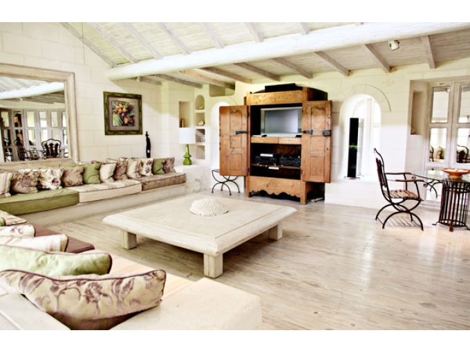 6 Bed Short Term Rental Villa Sandy Lane
