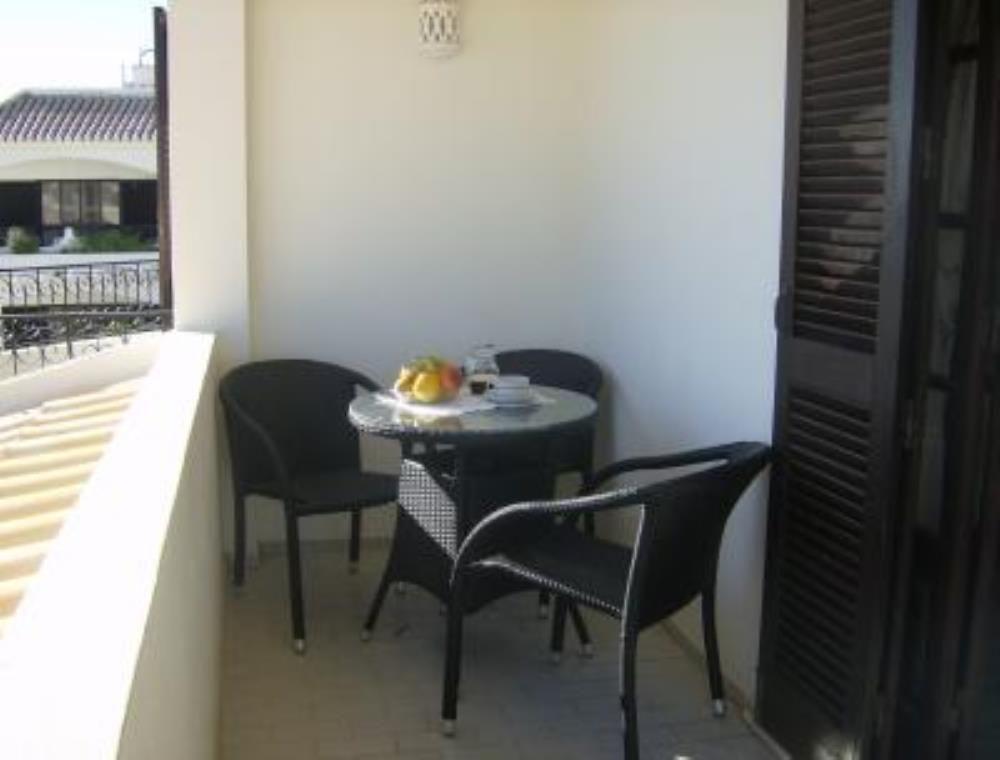 2 Bed Short Term Rental Apartment Alvor