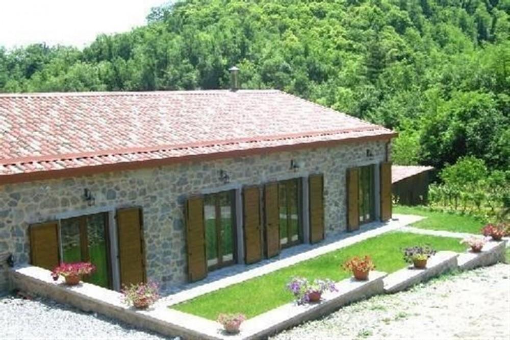 Garfagnana vacation rental with Esterno