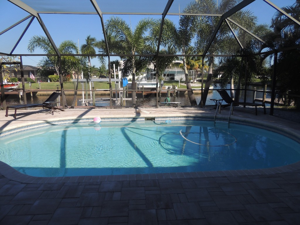 5 Bed Short Term Rental House cape coral