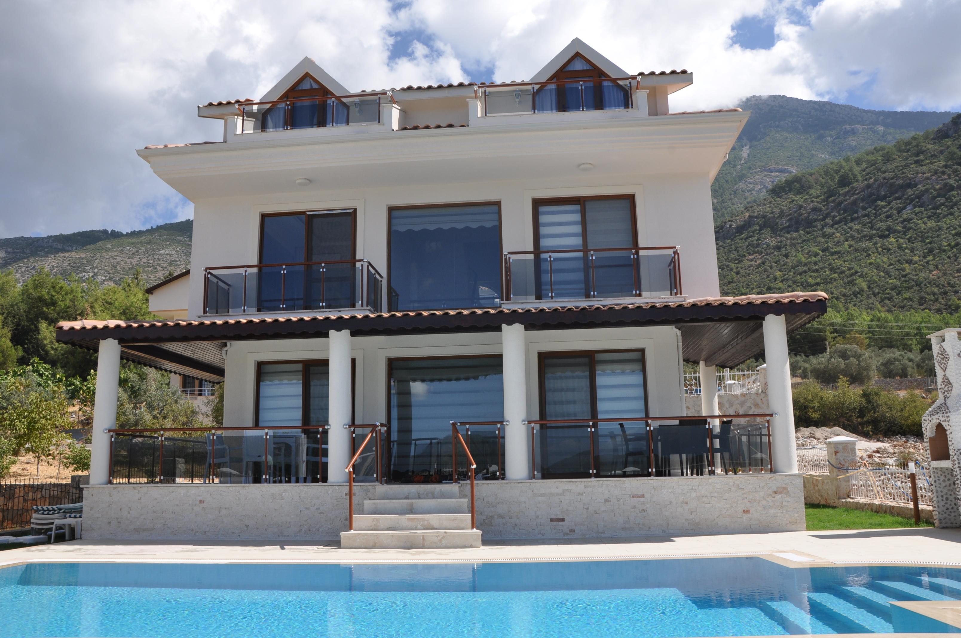 4 Bed Short Term Rental Villa Fethiye Olu Deniz