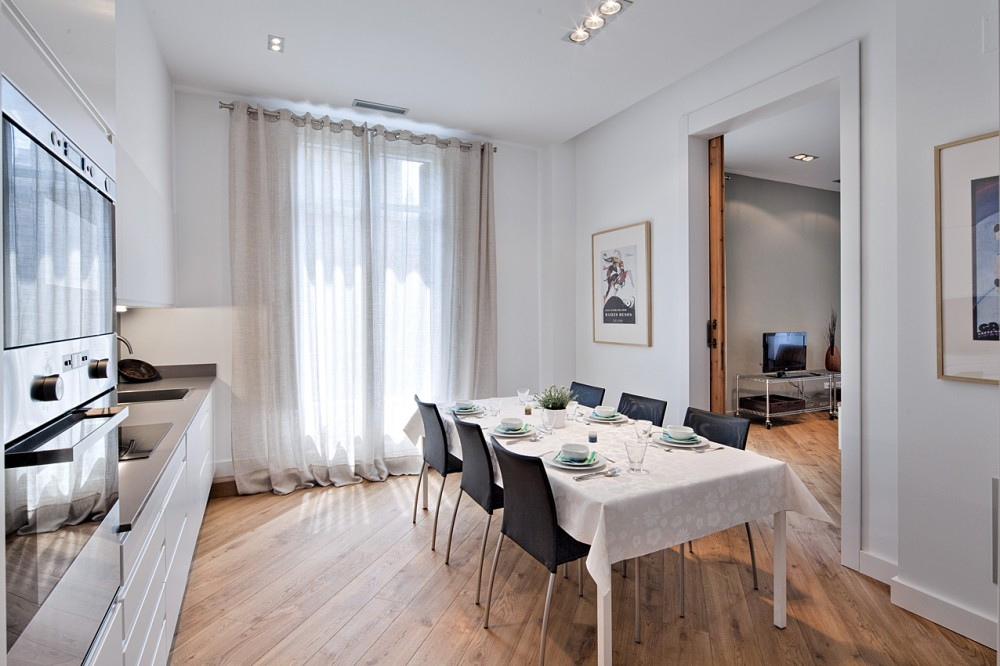 Barcelona vacation rental with Dining area