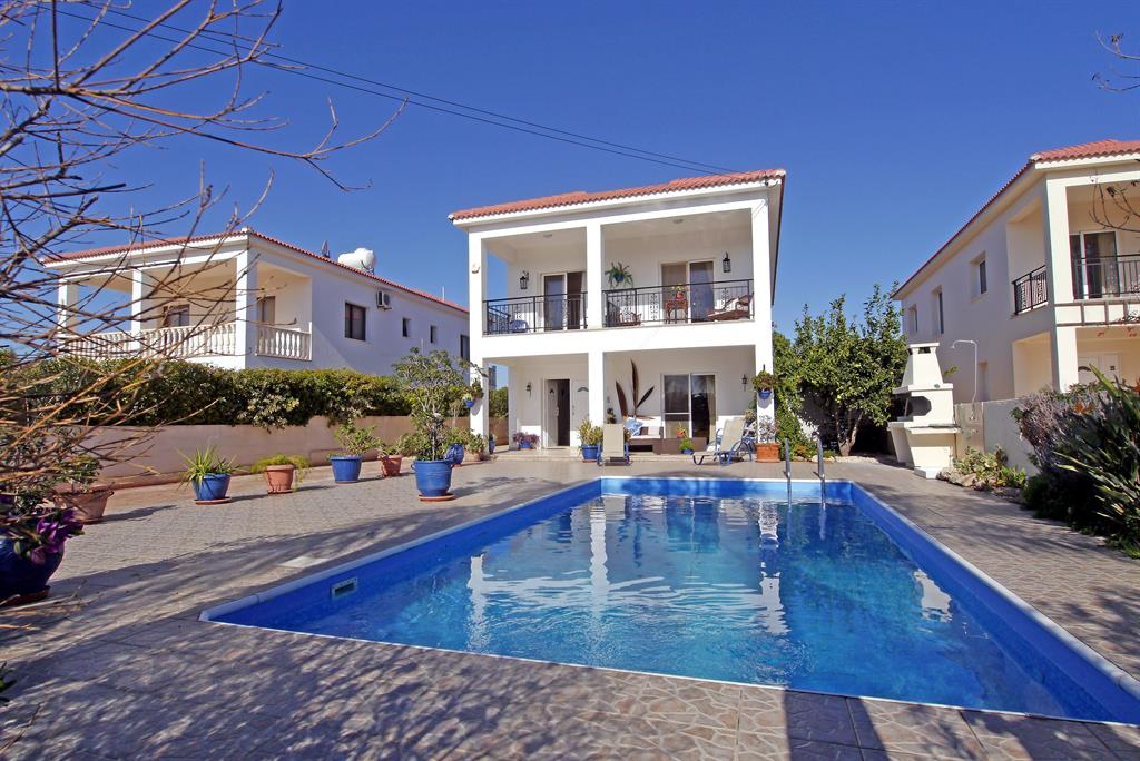 4 Bed Short Term Rental Villa Ayia Napa
