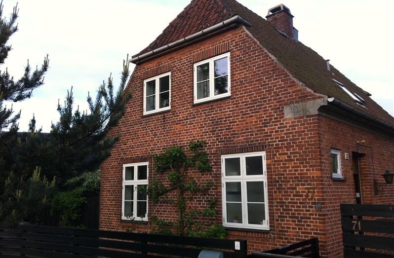 1 Bed Short Term Rental House Bronshoj