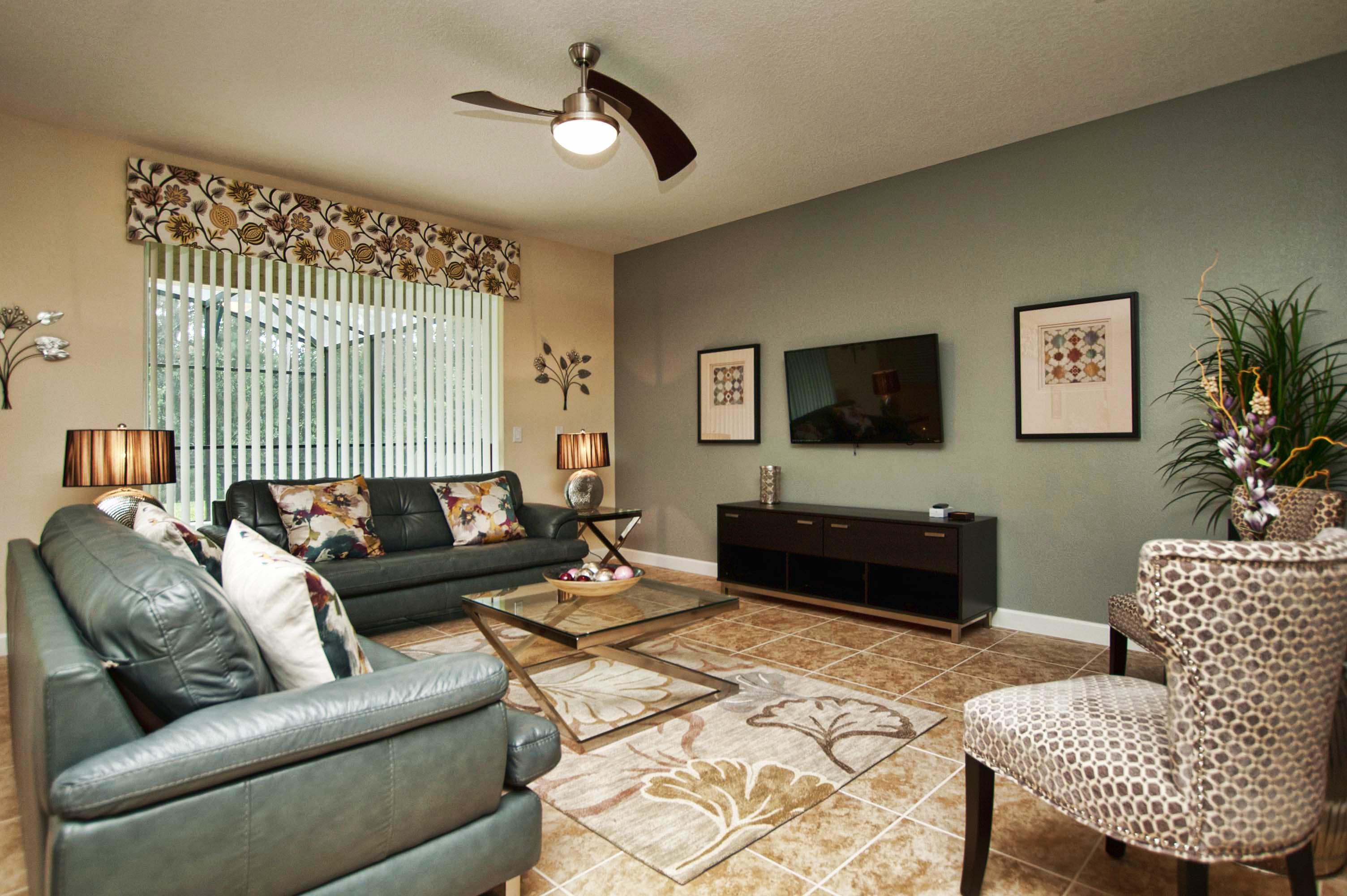 6 Bed Short Term Rental House Paradise Palms