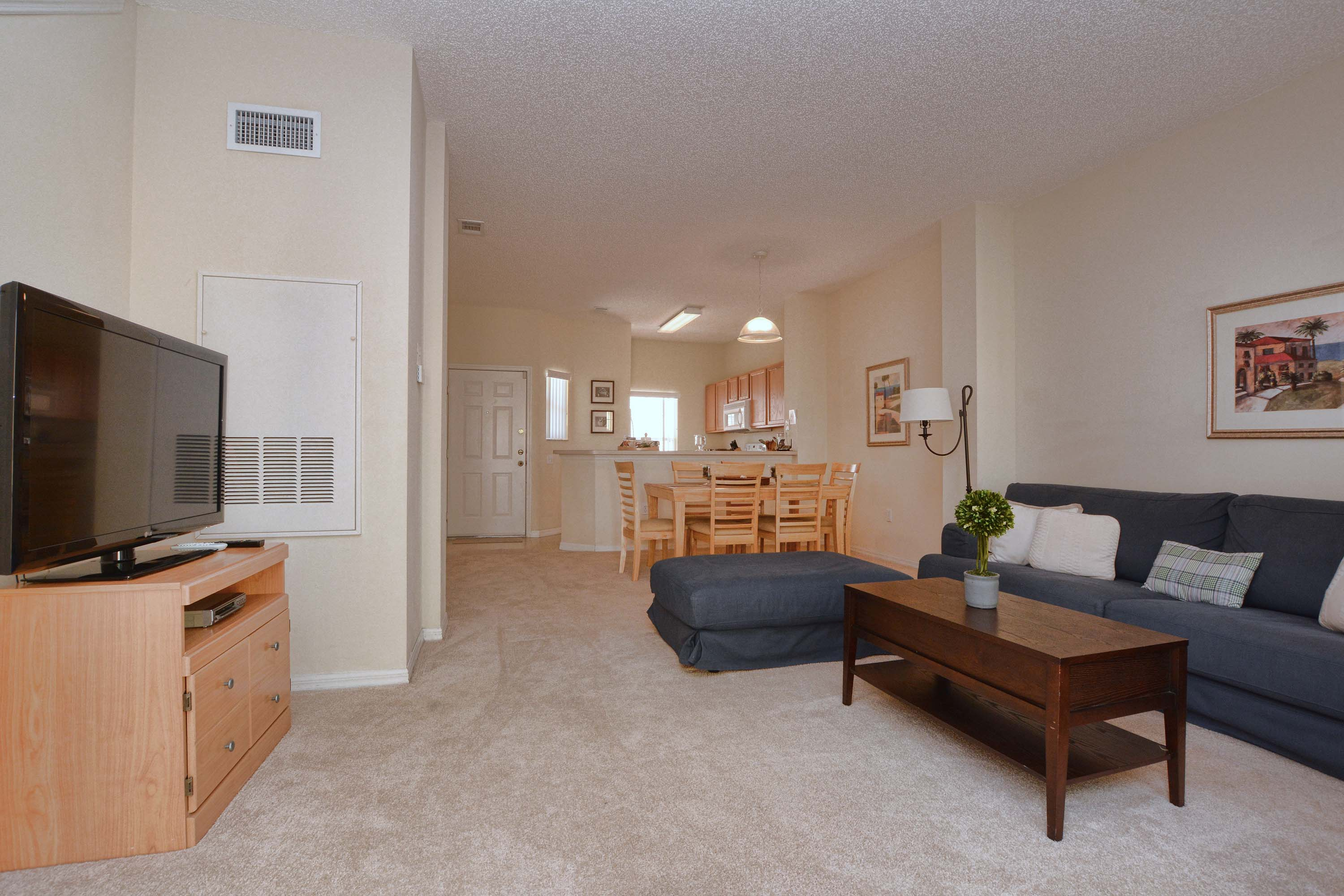 Great Location!! Only a few minutes from Disney!!