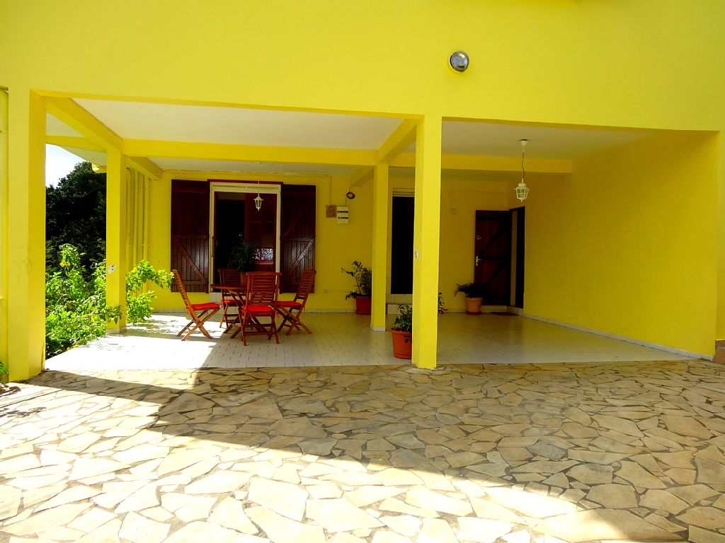 2 Bed Short Term Rental House Gosier