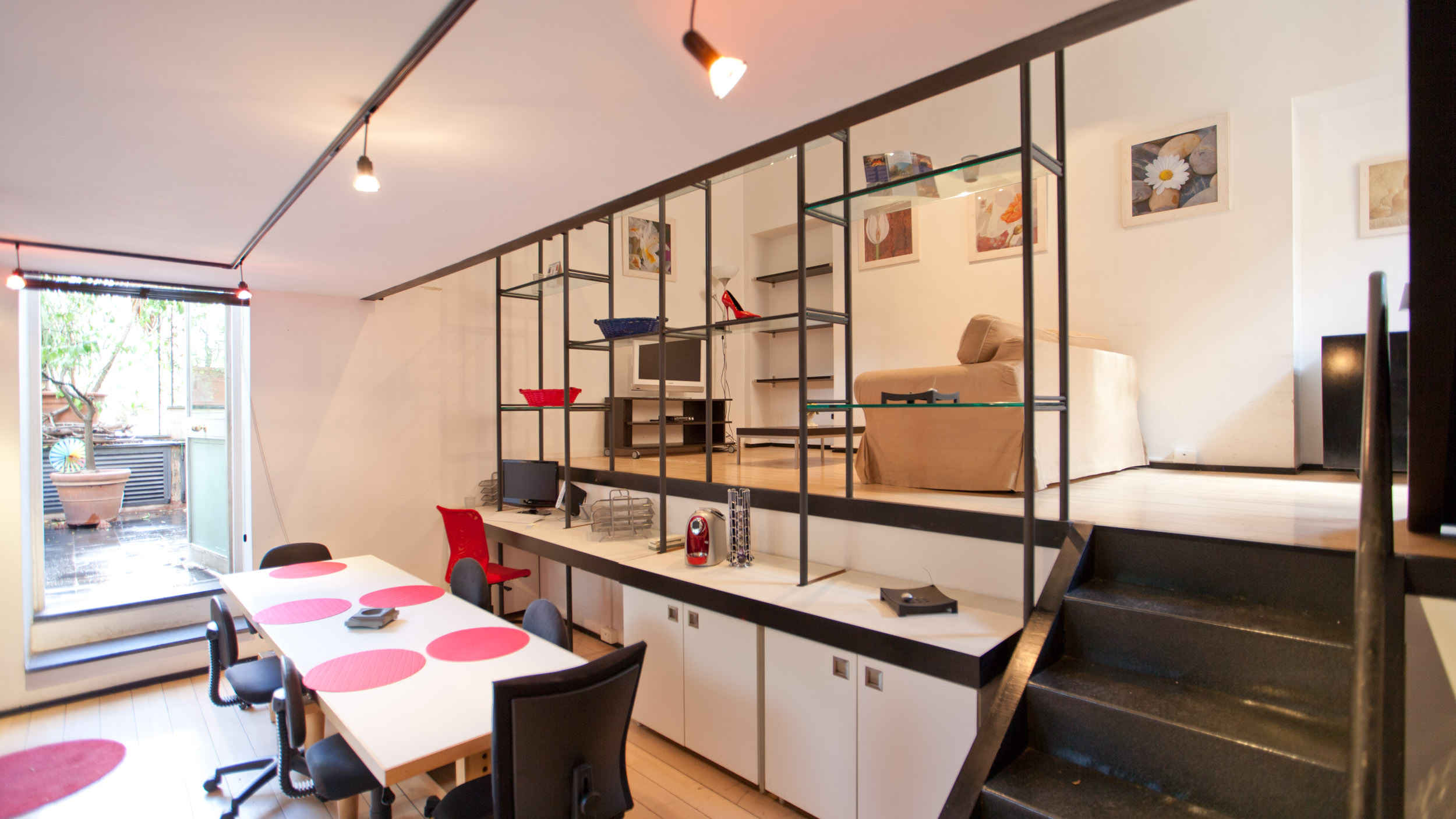 1 Bed Short Term Rental Apartment Trastevere area