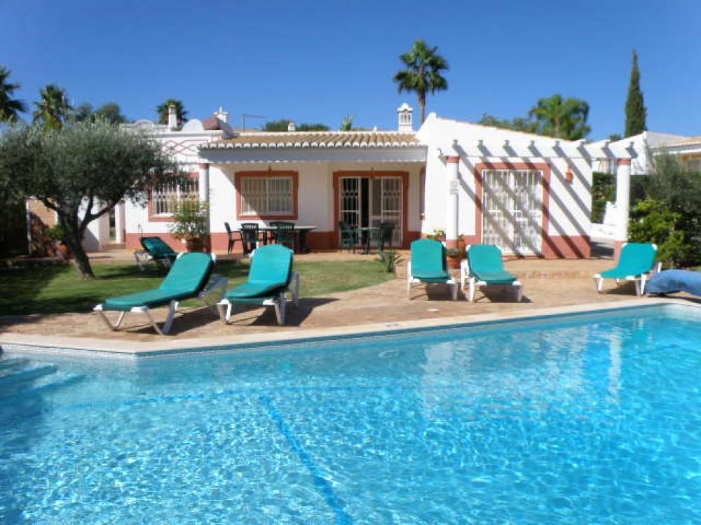 Guia vacation rental with Villa