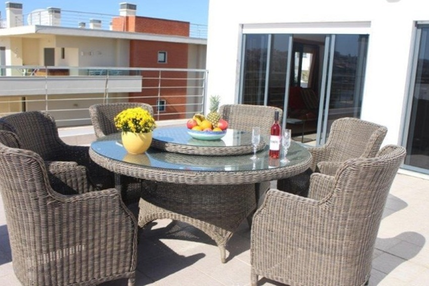 3 Bed Short Term Rental Apartment Meia Praia