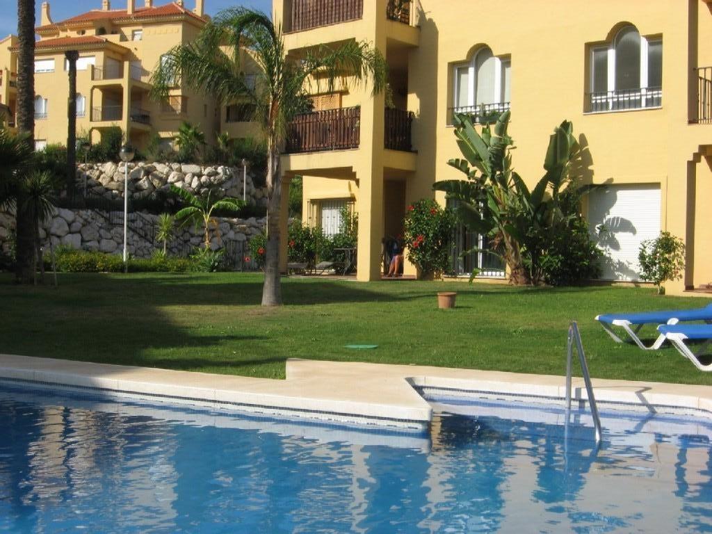 2 Bed Short Term Rental Apartment Calahonda