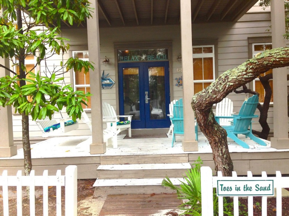 South Walton vacation rental with Hear the Waves and View the Gulf from our Seaside Cottage