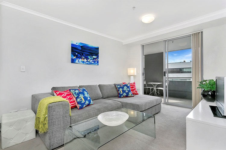 1 Bed Short Term Rental Apartment Balmoral Beach