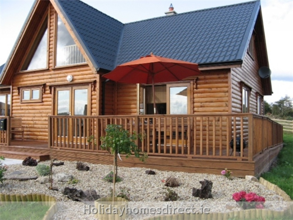 County Leitrim vacation rental with FRONT OF HOUSE