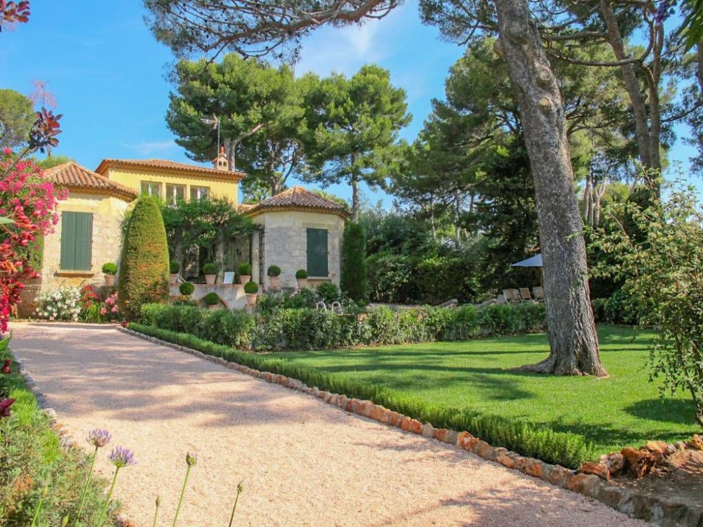 Grasse-Antibes vacation rental with