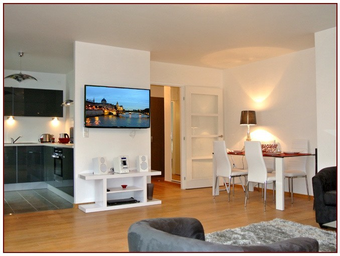 1 Bed Short Term Rental Apartment Central Paris