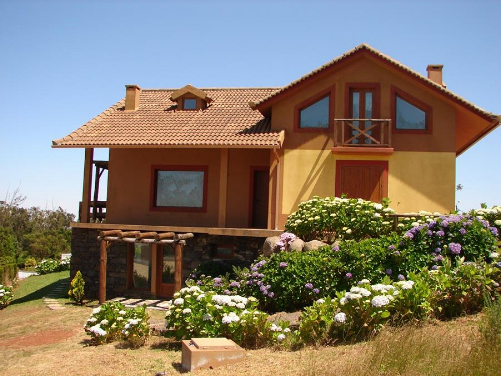 Santo Da Serra vacation rental with Beautiful Cottage by the Golf