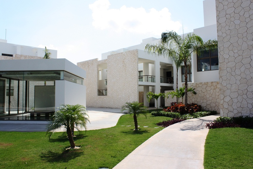 2 Bed Short Term Rental Condo Akumal