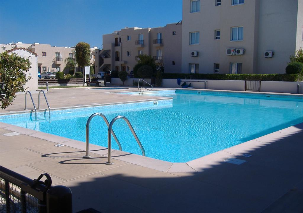 2 bed / sleeps 5 Apartment in Mandria, Paphos, Cyprus.