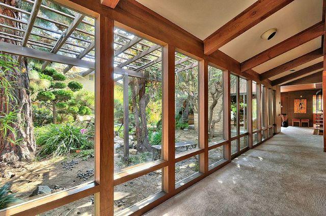 Frank Lloyd Wright Style North Oxnard