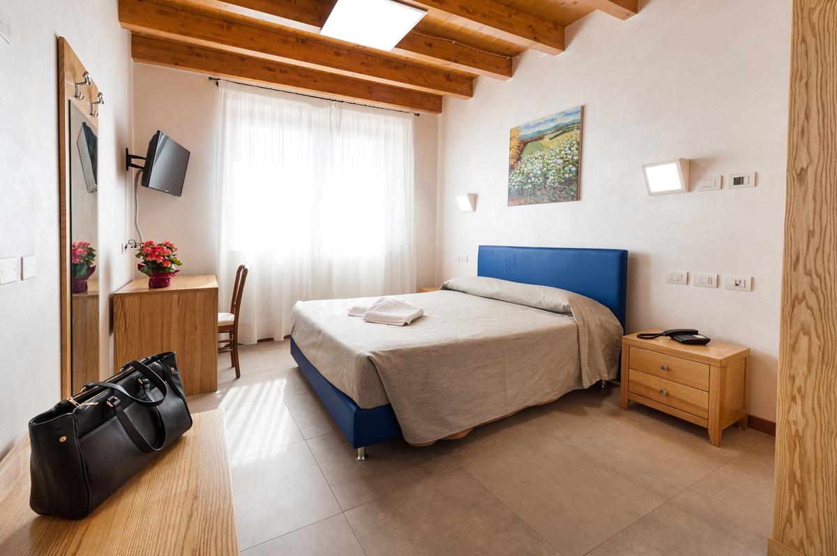 4 Bed Short Term Rental Apartment Lake Garda