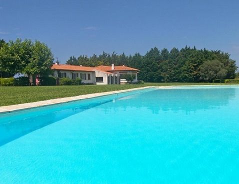 Large Villa on a sunny garden of 18,000 m2 with Large Pool & Tennis