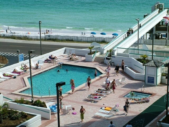 1 Bed Short Term Rental Condo Miramar Beach