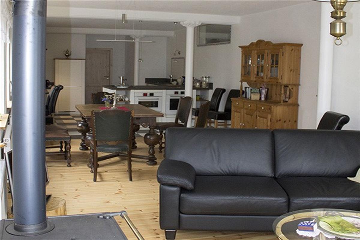 land urlaub mit hund in der wohnung oder im einzelzimmer. Black Bedroom Furniture Sets. Home Design Ideas