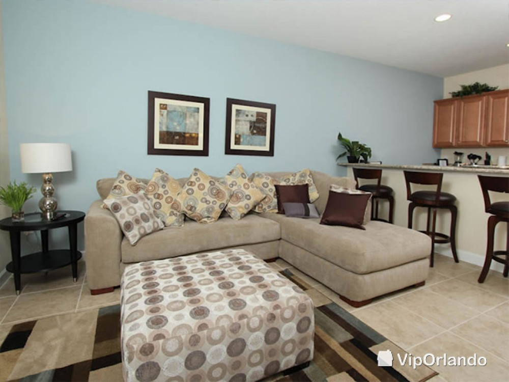 orlando vacation rental with Comfortable living room with comfy sofas