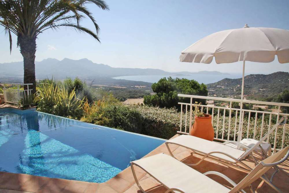 4 Bed Short Term Rental Villa Lumio