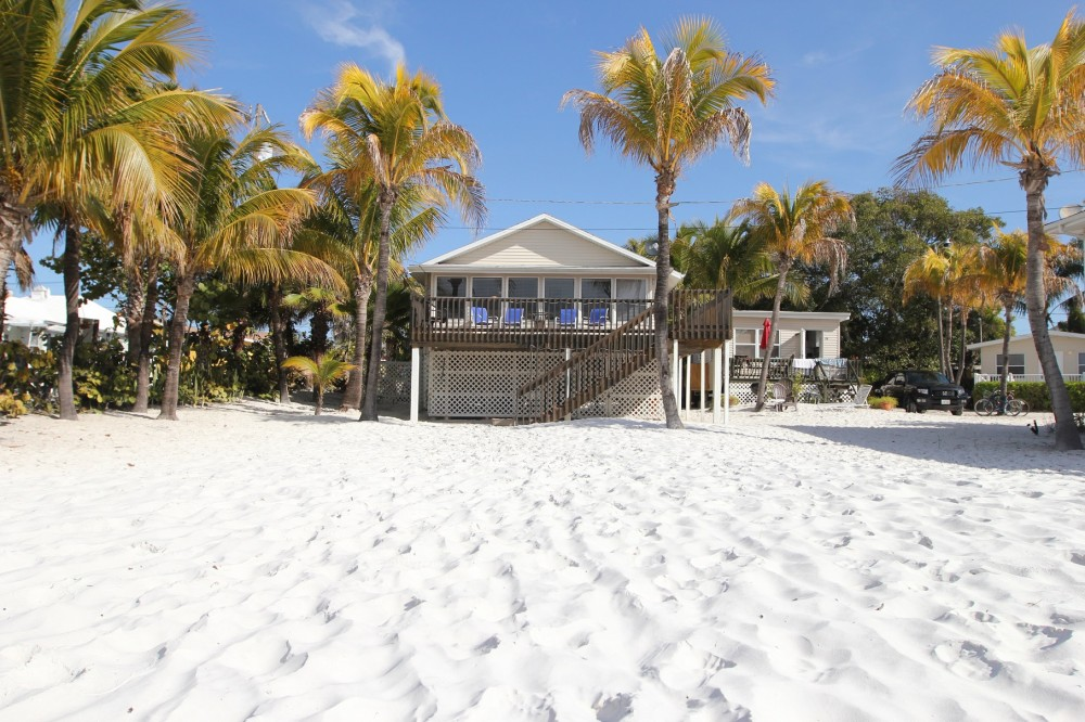 fort myers beach vacation rental with Right on the Beach