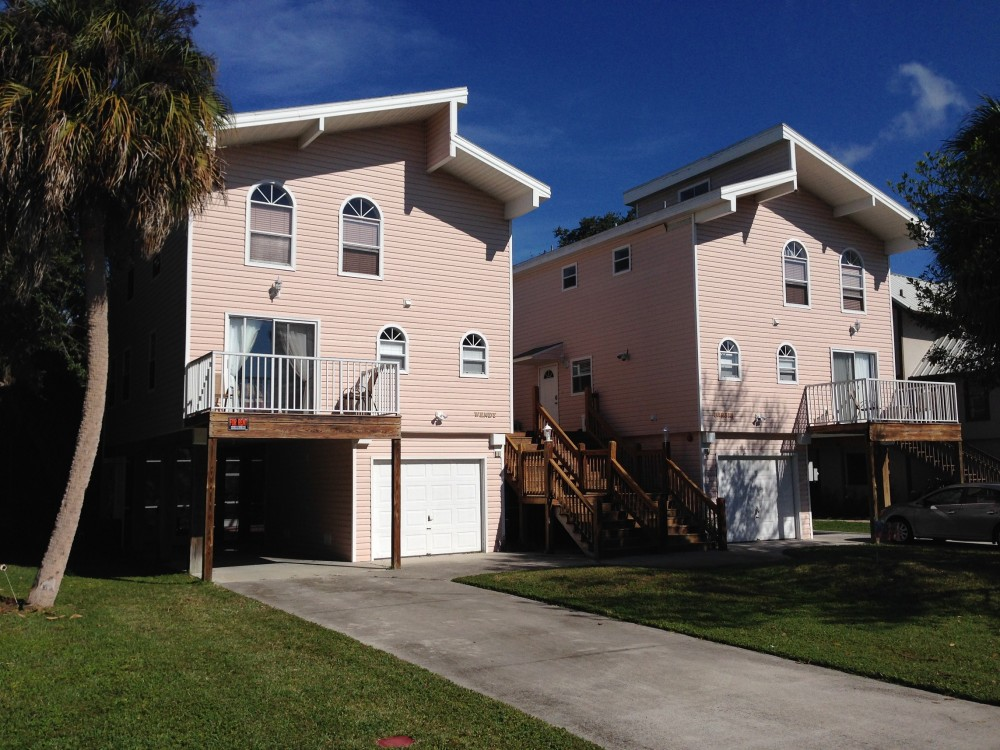 fort myers beach vacation rental with Twins Wendy+Barbie