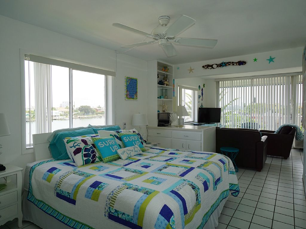 0 Bed Short Term Rental Condo clearwater beach