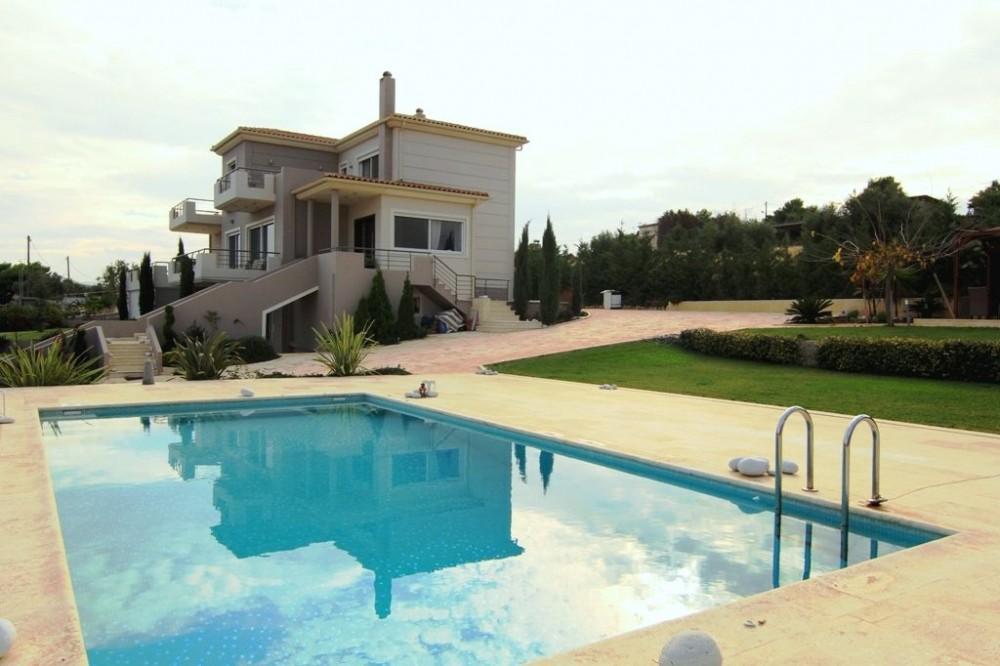 Artemida vacation rental with villa Abelos