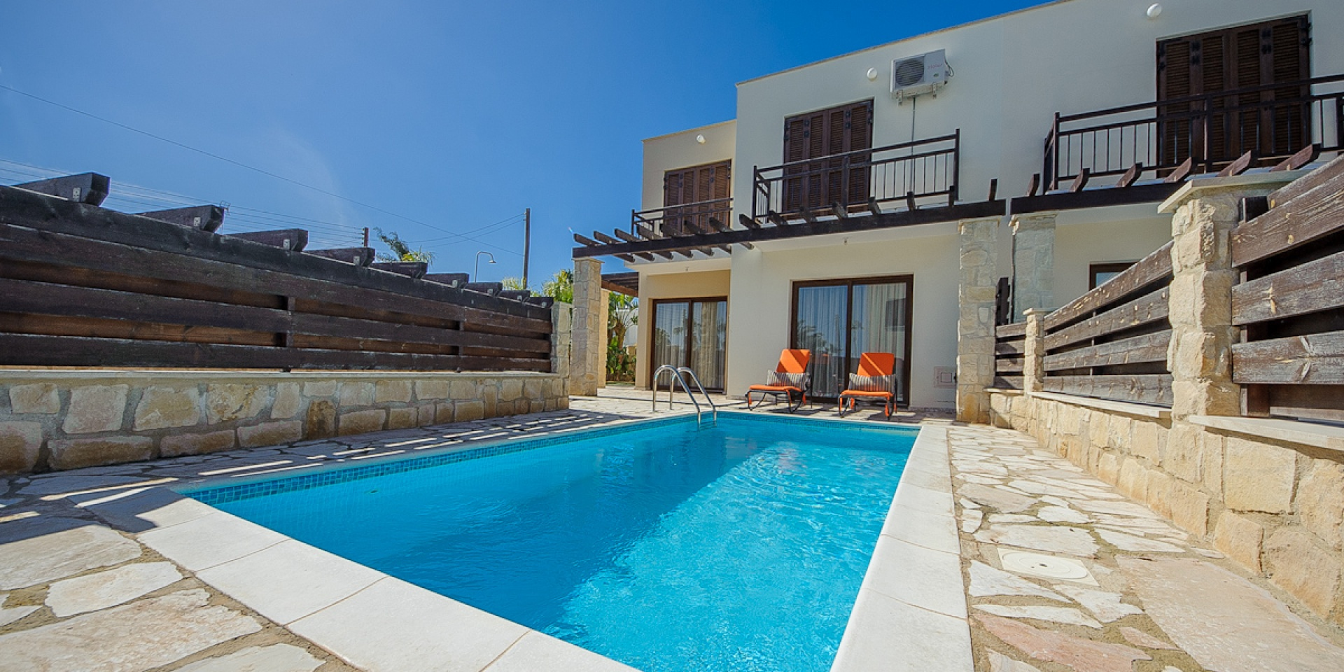 2 Bed Short Term Rental Villa Konnos