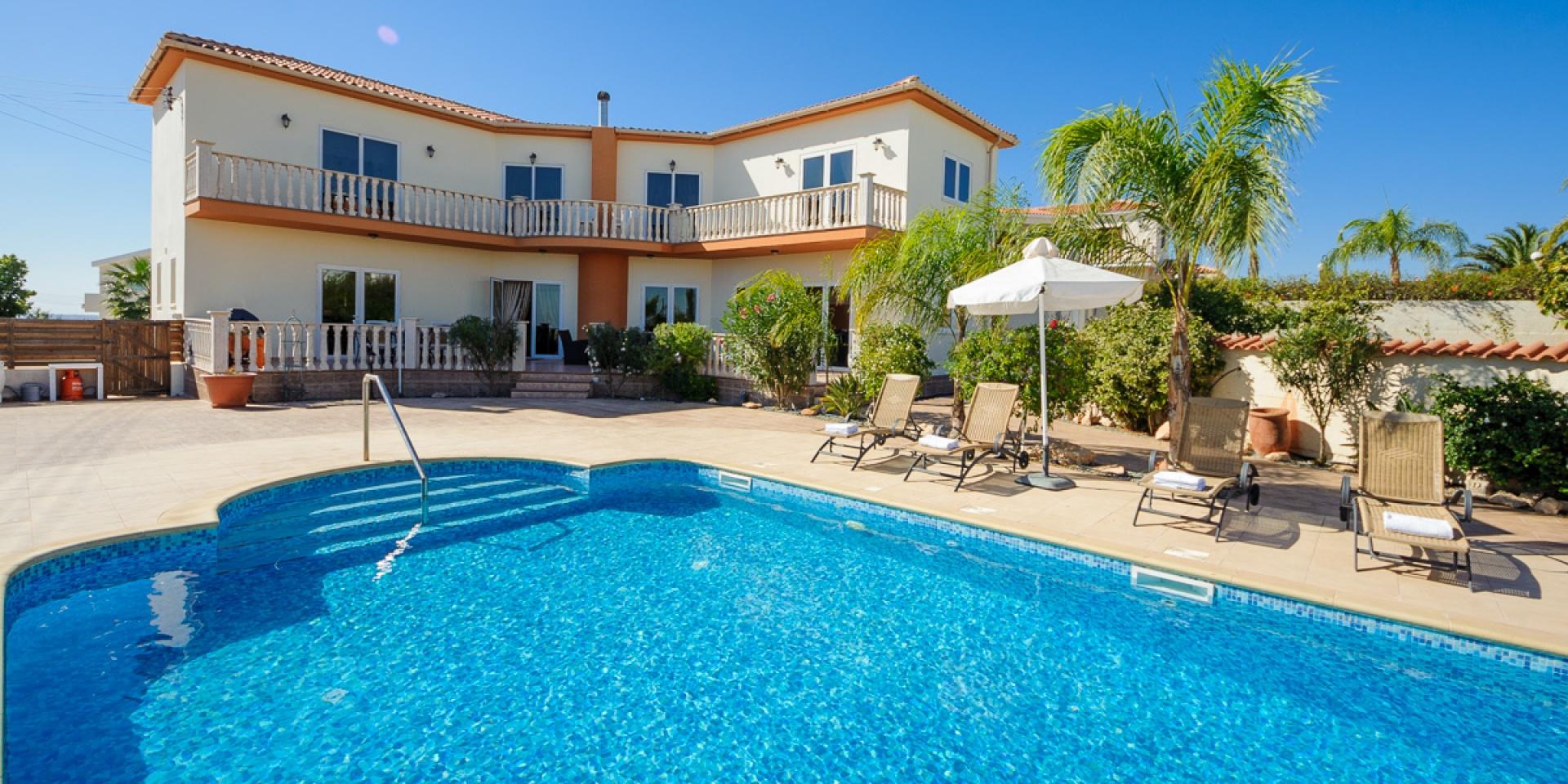 5 Bed Short Term Rental Villa Ayia Napa