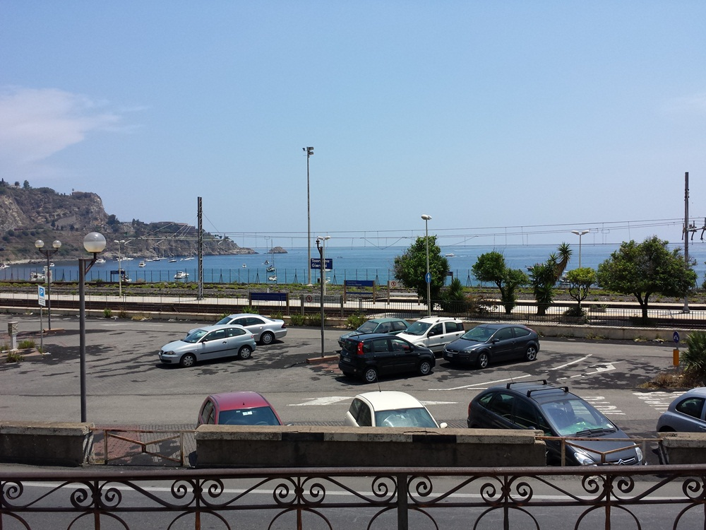 2 Bed Short Term Rental House Taormina