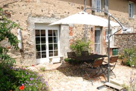 1 Bed Short Term Rental Apartment Moulins